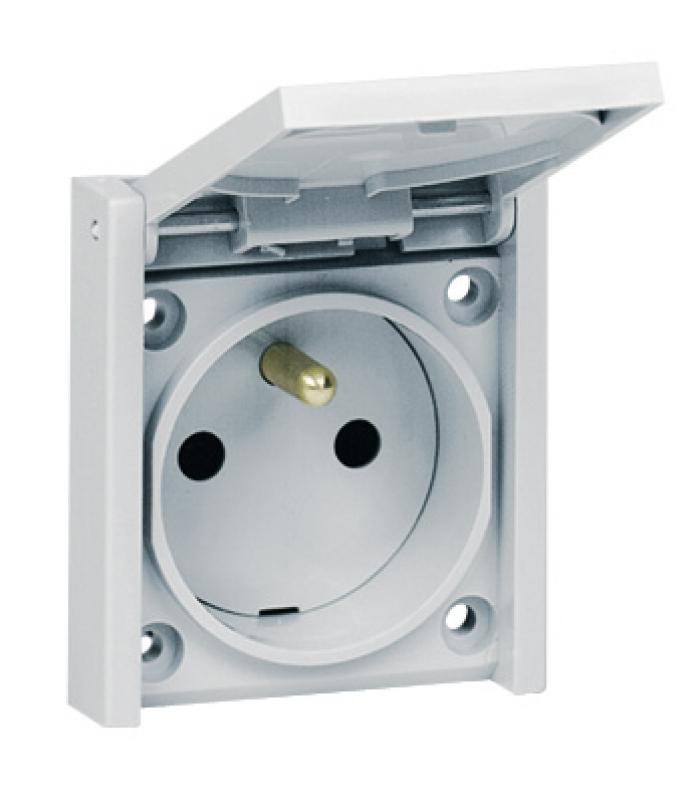 Prise de courant volet pour tableau 2p t avec clips de prot socle 61x54 mm - Socle prise de courant ...