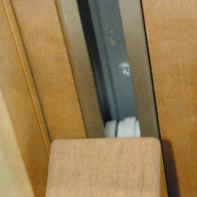 kit avec traverse bois pour porte coulissante en applique. Black Bedroom Furniture Sets. Home Design Ideas